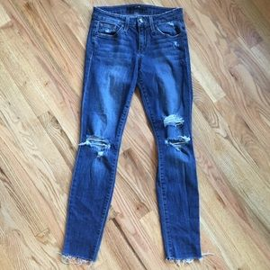 Joes Jeans distressed raw hem skinny jeans size 25